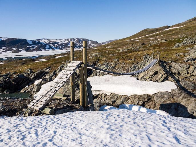 Poikkeuksellisen hyvä norjalainen silta. Sårjåsjaure, Norja