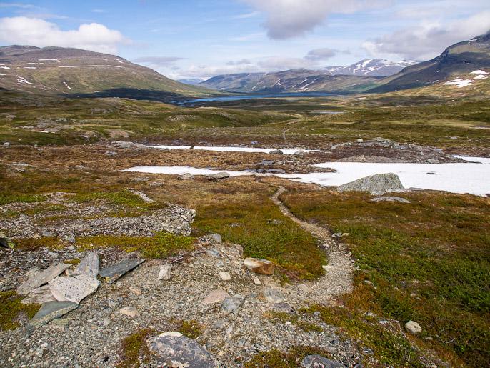 Edelleen matka jatkuu alemmas ja kohti Padjelantan kansallispuistoa. Sårjåsjokka, Ruotsi