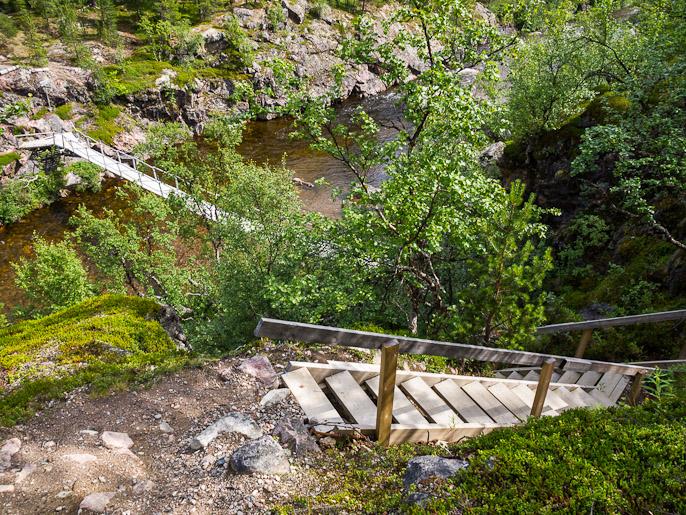 Kohti Övre Dividalin kansallispuistoa ja fasiliteettien taso nousee. Dividalen, Norja