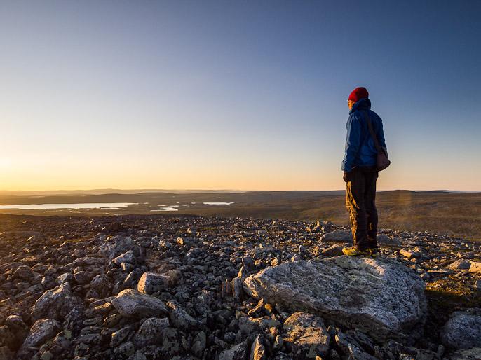 Kuvailut auringon noustessa muuttuvat helposti fiilistelyyn tällaisissa olosuhteissa ja ympäristössä. Goapmavarri, Suomi