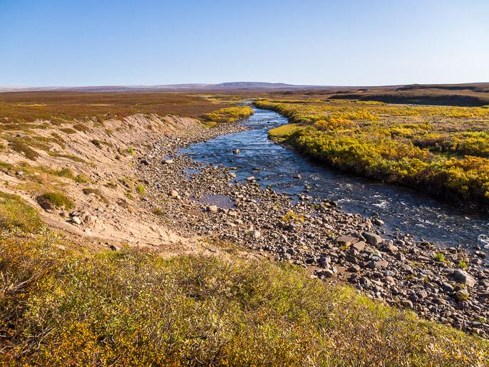 Tätä jokea seuraillen päädyn sinne minne haluan päästä. Övre Flintelva, Norja