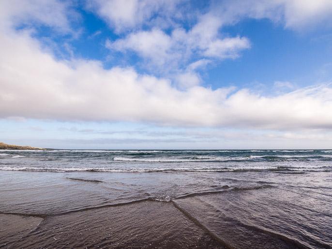 Meri käy varpailla. Sandfjord, Norja
